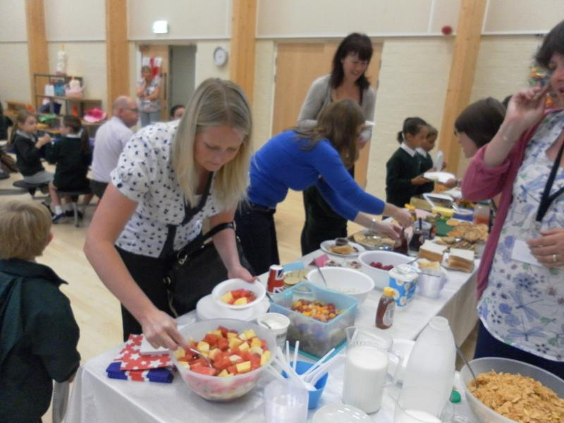 International breakfast 2013 (5)